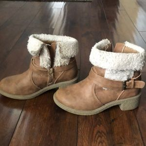 Booties for girls